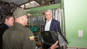 Operativos contra bandasdel robo de autopartes - Foto: Comunicaciones Alcaldía / Andrés Sandoval