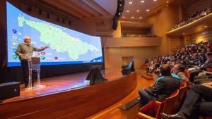 Alcalde Peñalosa presentando el mapa de las obras de la ciudad - Foto: Alcaldía Bogotá