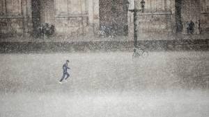 Tiempo de respuesta de Bomberos por fuertes lluvias fue de 8 minutos 40 segundos. Foto: Alcaldía Mayor