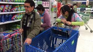Canje de bonos por alimentos en Bogotá - Foto: Prensa Secretaría de Integración Social