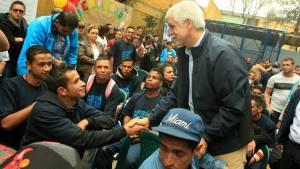 El alcalde Peñalosa visitó a unos 150 jóvenes rescatados del Bronx