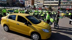 Entrega de equipos - FOTO: Prensa Secretaría de Seguridad