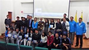 Estudiantes graduados - FOTO: Consejería de Comunicaciones