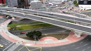 Embellecimiento de los puentes - Foto: Sainc Ingenieros Constructores S.A