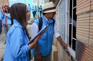 Búsqueda de niños en localidad de San Cristóbal  - Foto: Prensa Secretaría de Educación