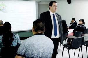 Capacitación emprendendores del Madrugón - Foto: Prensa CUN