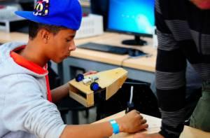 Estudiante de robótica - Foto: Agencia de Noticias UN