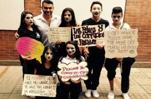 Mimos por la paz - Foto: José Walter López / maestro colegio Prado Veraniego