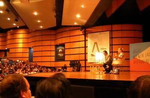Jody Williams en la Feria del Libro - Foto: Prensa Alcaldía Mayor de Bogotá / Lesly Segura