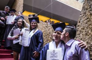 Grados de jóvenes y adultos - Foto: Secretaría de Educación