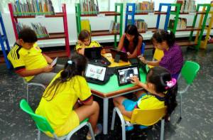 Las TIC en las bibliotecas públicas - Foto: Biblioteca Nacional de Colombia