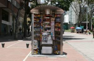 quiosco para vendedores informales - Foto: IPES