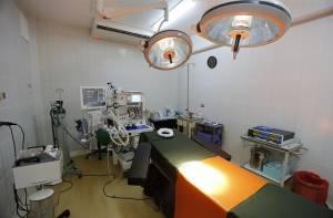 Sala de cirugía - Attribution 2.0 Generic (CC BY 2.0), con modificaciones - Foto:Galeria del Ministerio de Defensa del Perú - www.flickr.com