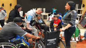 Entrega de ayudas técnicas - Foto: Alcaldía Local de Rafael Uribe Uribe