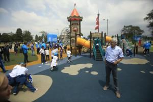 Entrega de campos de recreación para niños - Foto: Portal Bogotá