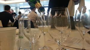 Trabajo para sommelier en asesorías de vinos y licores, servicio en restaurantes, capacitaciones, entre otros.