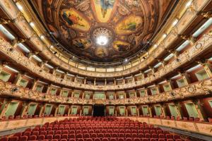 Historia del Teatro Colón de bogotá