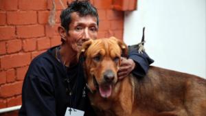 Un nuevo hogar de paso atiende a habitantes de calle y sus mascotas