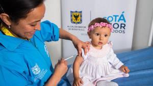 Gran jornada de vacunación familiar gratuita en Bogotá. Foto: Secretaría de Salud