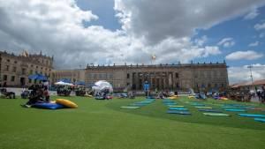 Gran parque se tomó la Plaza de Bolívar en el Día Mundial del Urbanismo - Foto: Alcaldía de Bogotá/Andrés Sandoval