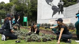 Ocho participantes al Miss Mundo se vincularon a la plantación - Foto: Alcaldía Bogotá