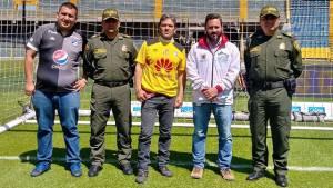 Fútbol en paz. Foto: Policía Metropolitana de Bogotá