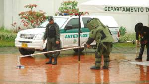 Policía desactiva artefacto - FOTO: Prensa PONAL