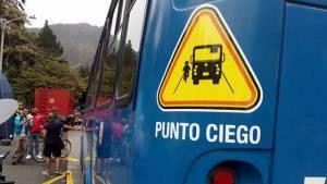 Con marcación de 'puntos ciegos' el SITP protege a ciclistas y motociclistas. Foto: Secretaría de Movilidad