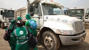 Grupo especializado para la emergencia por recolección de basura - Foto: Alcaldía Mayor de Bogotá