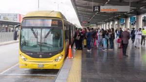 La gerente de TransMilenio desmintió que estén presentándose 40 minutos de demora en los despachos del servicio.