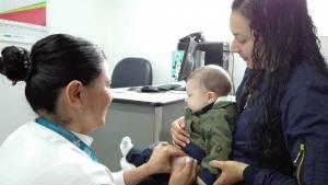 Vacunación contra la tosferina - Foto: Prensa Secretaría de Salud