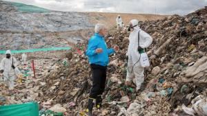 Verificación labores de fumigación relleno Doña Juana  - Foto: Comunicaciones Alcaldía / Andrés Sandoval