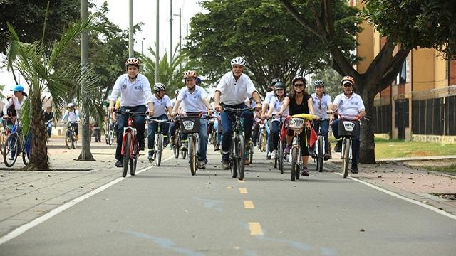 Recorrido Alcalde en bicicleta - Foto: Prensa Alcaldía Mayor / Diego Bauman