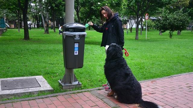 Canecas de basura Chapinero - Foto: Prensa Acueducto de Bogotá