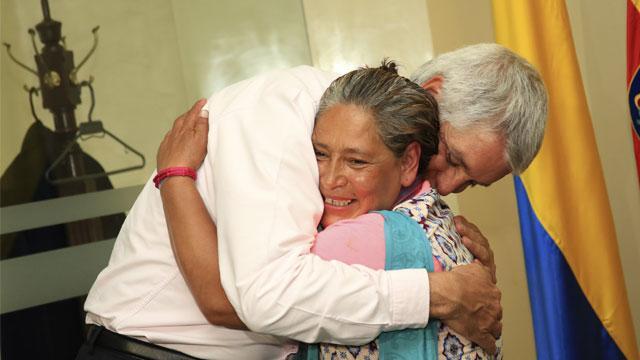 Así fue el encuentro entre Ana Isabel y el Alcalde Peñalosa