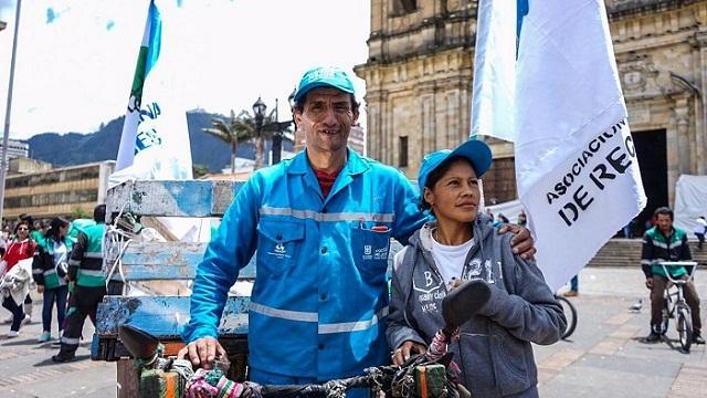 Recicladores en la Plaza de Bolívar - Foto: Prensa Secretaría de Educación