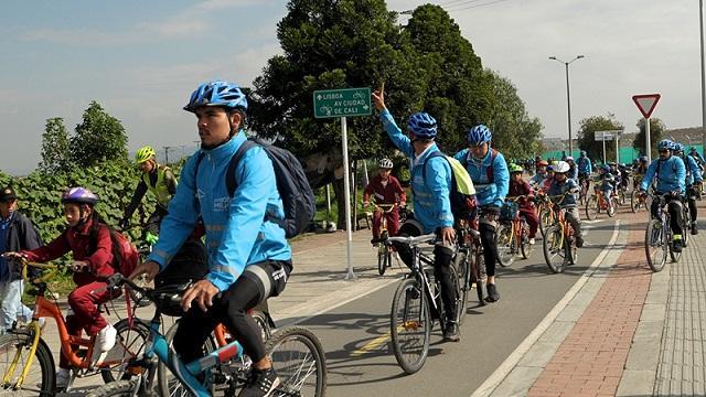Al Colegio en Bici por toda Bogotá - Foto: Comunicaciones Secretaría de Educación
