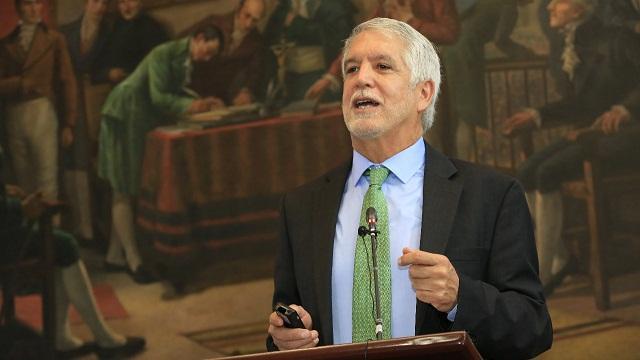 Alcalde Peñalosa en el Concejo de Bogotá - Foto: Comunicaciones Alcaldía / Diego Bauman