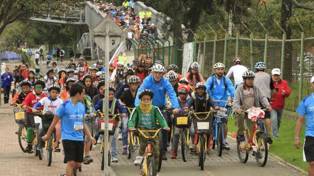 Alcalde Peñalosa en Bici - Foto: Alcaldía de Bogotá