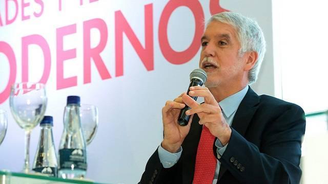 Planear una Bogotá donde quepamos todos, premisa del Alcalde Peñalosa.
