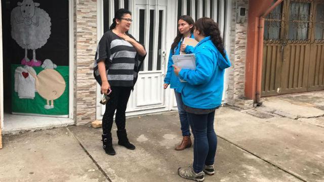 Atención puerta a puerta - Foto: Secretaría de Salud