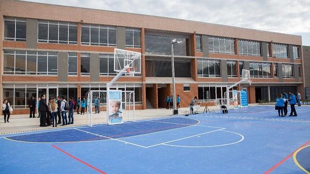 Colegio Jorge Mario Bergoglio en Suba - Foto: Comunicaciones Alcaldía / Andrés Sandoval