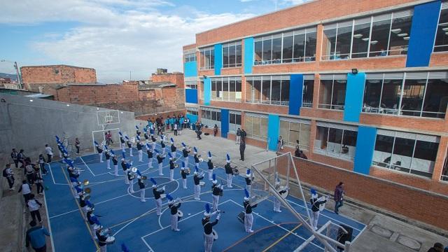Colegio San Cristóbal totalmente reconstruido - Foto: Alcaldía de Bogotá