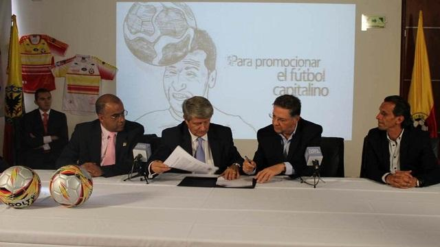 Firma convenio Canal Capital - Foto: Prensa Canal Capital
