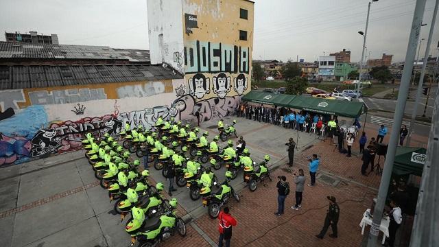 Entrega de motos - FOTO: Prensa Secretaría de Seguridad
