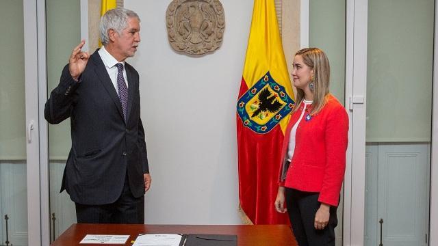 La nueva secretaria de la Mujer, es Ángela Anzola - Foto: Alcaldía Mayor de Bogotá