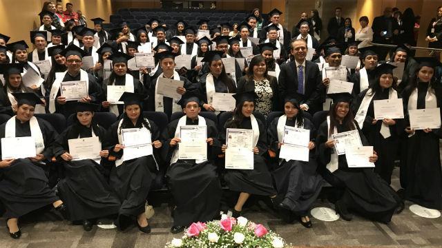 Graduación vendedores informales - Foto: Javier Cortés-Portal Bogotá