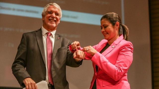Alcalde Peñalosa en evento de la Secretaría de la Mujer