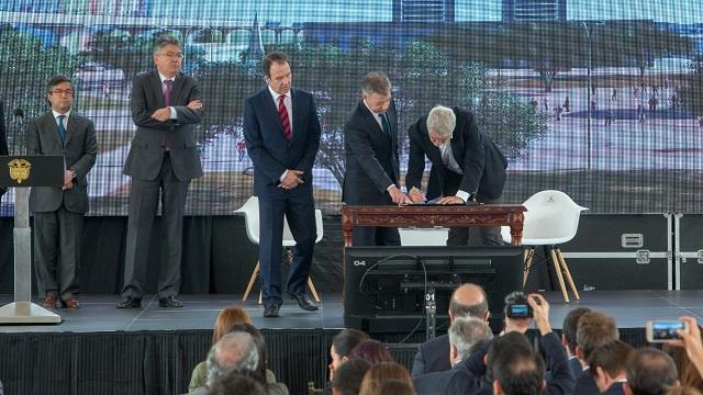 Distrito y Nación firman acuerdo para desarrollar el proyecto Lagos de Tunjuelo