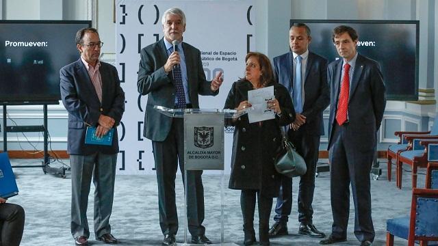 Presentación  ienal de Espacio Público que premiará las mejores prácticas - Foto: Comunicaciones Alcaldía / Diego Bauman
